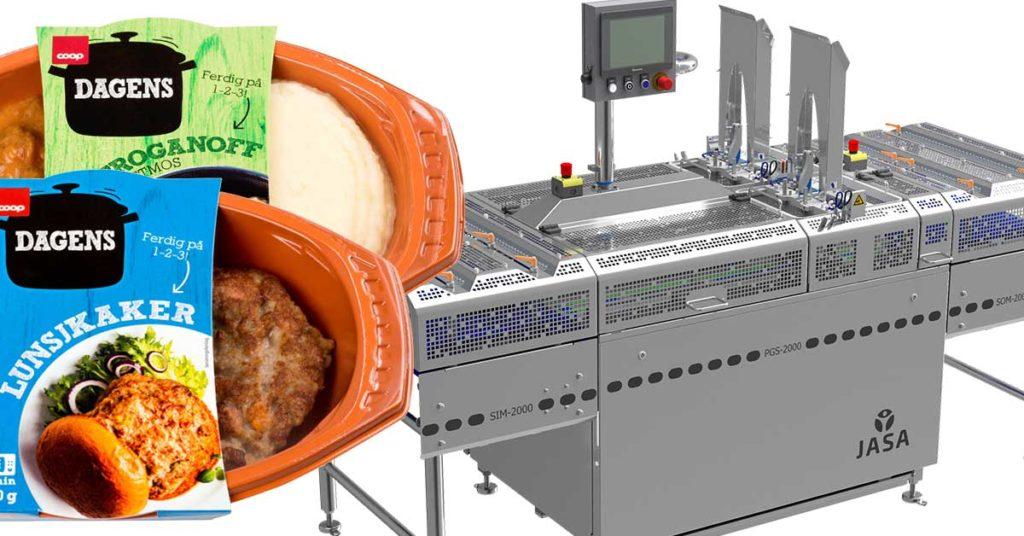 To pakker med mat foran en industrimaskin